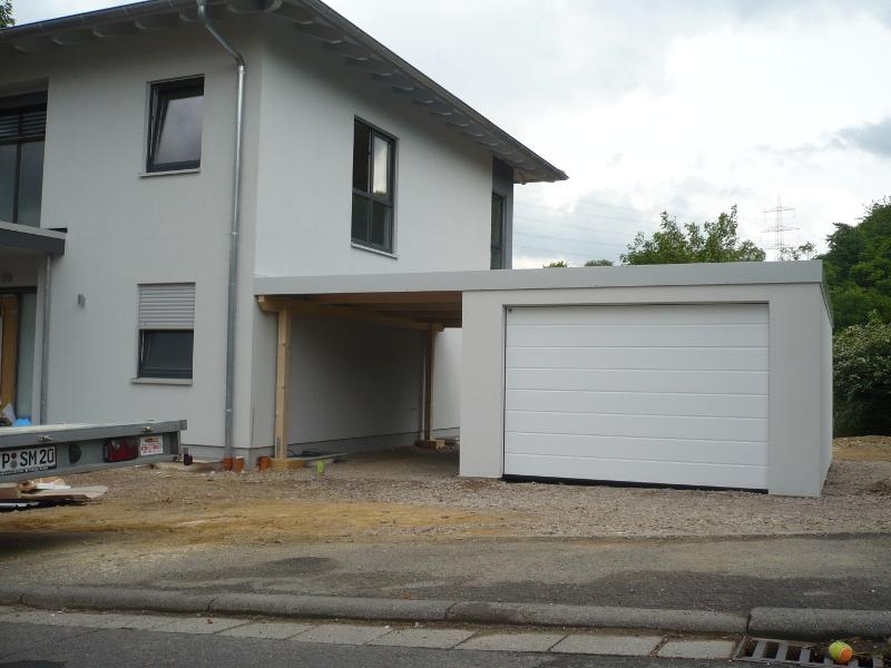 Garage mit carport am haus  Garagen-Carport-Kombination als Fertiggarage