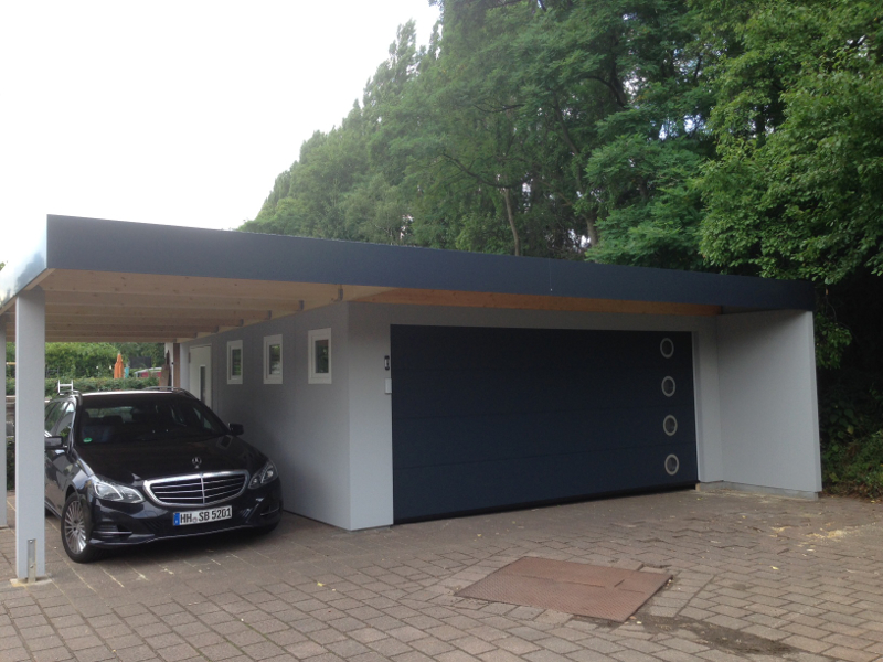Garagen carport kombination als fertiggarage for Carport und garage