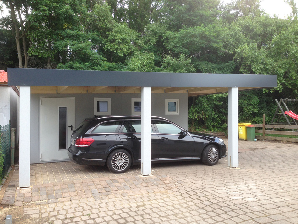 bilder von garagen und carport kombinationen. Black Bedroom Furniture Sets. Home Design Ideas